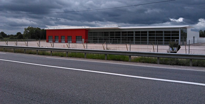 Nouveau garage citroen sur montauban for Citroen antibes garage