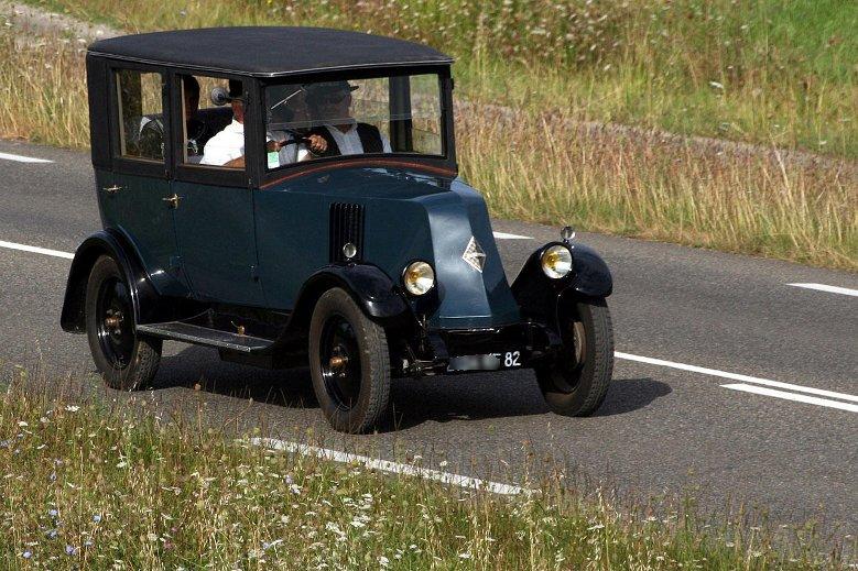 N grepelisse rassemblement des vieilles voitures dition 2012 - Image de vieille voiture ...